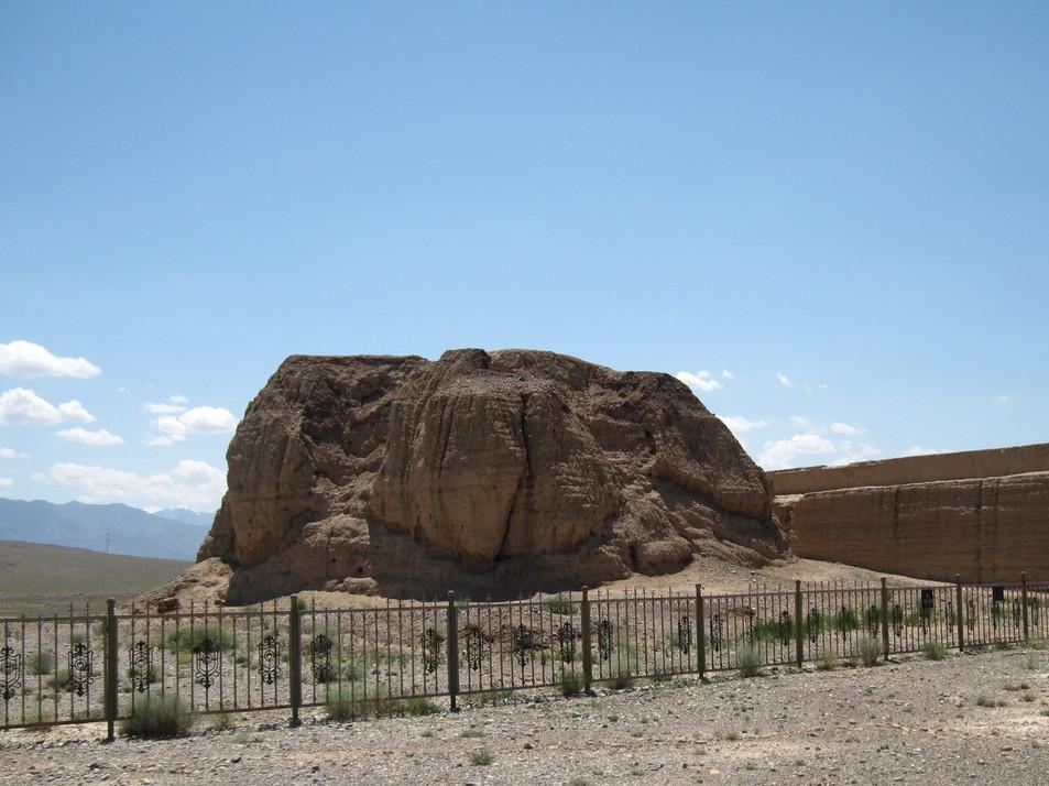 стена Jiayuguan