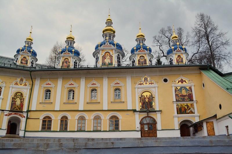 Храм Успения Богородицы. Псково-Печорский монастырь.