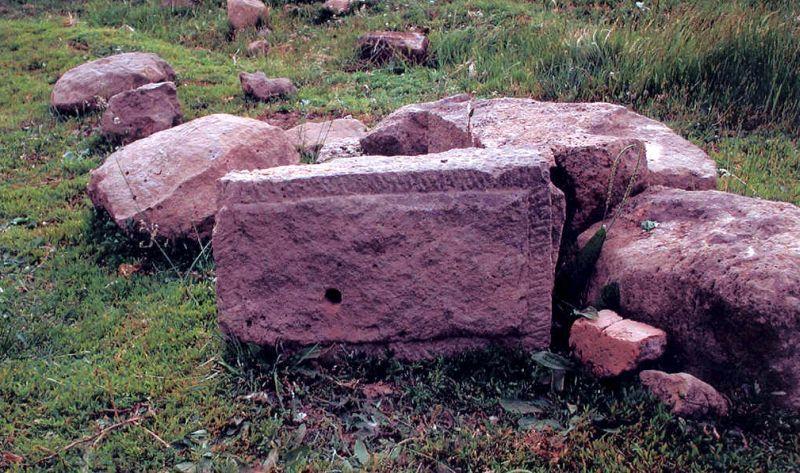 """""""Камни природного происхождения"""" (по официальной версии) в Приморье. Из книги Михаила Ефименко """"Наш Вавилон""""."""