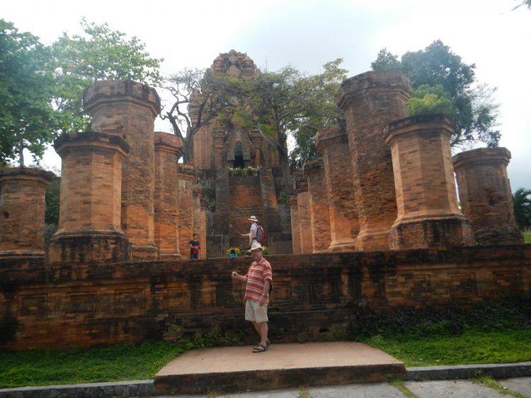 Храм Вьетнам Нячанг